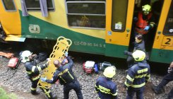 At least 2 die in head-on collision of Czech trains