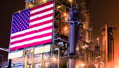 US signs order for first West Coast gas-export terminal