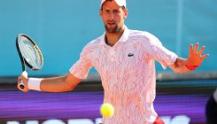 Djokovic accuses critics of 'witch-hunt'
