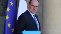 French PM pledges 7.5 billion euros for hospital staff