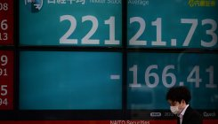 Nikkei hits 1-week low on Covid-19 concerns