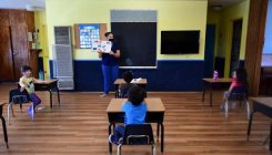 US parents, teachers worry about reopening schools
