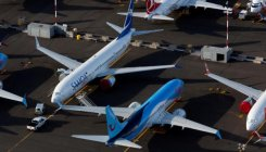 American Airlines threatens to cancel Boeing Max orders