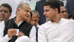 Power games in Rajasthan, Congress MLAs meet Gehlot