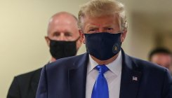Trump seen wearing face mask in public for first time