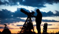 Giant Hawaii telescope builders say no to construction