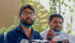 Gujarat: Mevani, Patel 'expose' corruption in MNREGA