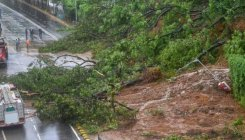 Multiple landslides block Jammu-Srinagar NH