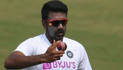 Bowlers should get free ball, suggests Ashwin