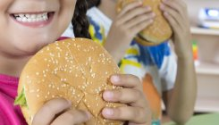 Now, obesity threat in kids weighs in on parents' minds