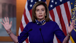 Hair salon should apologise for 'set-up' visit: Pelosi