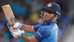 Fans pay dues for Dhoni's cricket club membership