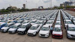 Passenger vehicle retail sales fall 7% in August: FADA