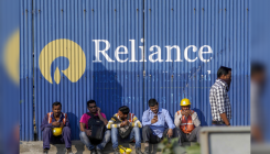 Rally in Reliance helps stocks cap a weekly gain
