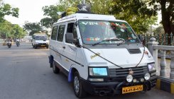 Taxi services unlikely to return to normalcy in Mysuru