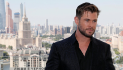 Chris Hemsworth has no plans to quit playing Thor