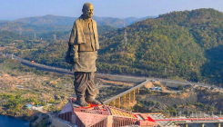 Tribals from villages around Statue of Unity protest