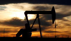 Oil prices mixed as storm threatens US gulf production
