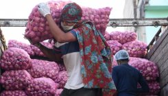 Onion prices spike in Bangladesh as India bans exports